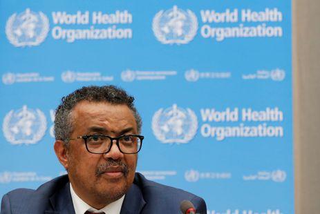 O diretor-geral da Organização Mundial de Saúde (OMS), Tedros Adhanom Ghebreyesus, fala a jornalistas sobre o surto de ebola no Congo em coletiva na sede da organização em Genebra, em 14 de maio de 2018.  REUTERS/Denis B