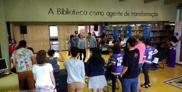 O Sarau Cultural nasceu de um anseio de que a Biblioteca não fosse apenas um lugar de leitura.