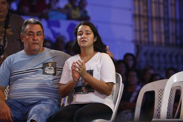 Rio de Janeiro - Ágatha Reis, viúva do motorista Anderson Gomes, participa de homenagem à vereadora Marielle Franco, e a Anderson, no centro da cidade (Fernando Frazão/Agência Brasil)/Fernando Frazão/Agência