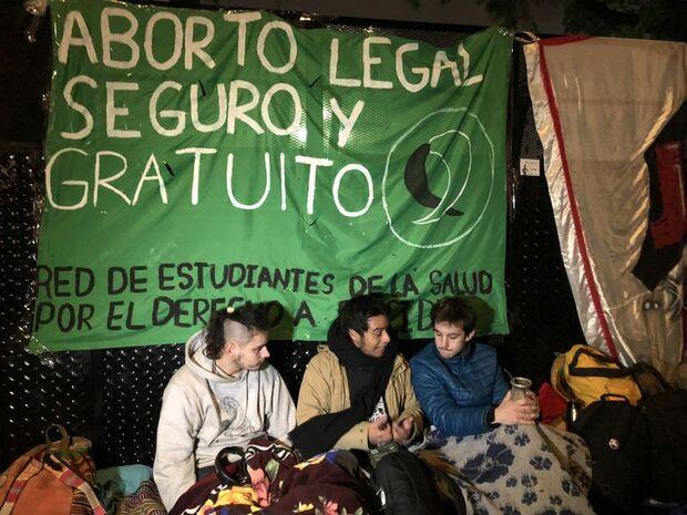 Argentinos acompanham votação da Lei do Aborto/(Monica Yanakiev/Agência Brasil)