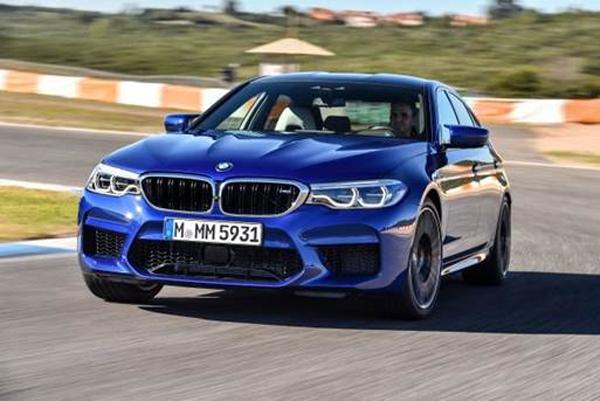 Novíssimo BMW M5 faz sua estreia este mês na rede de concessionárias autorizadas BMW do país