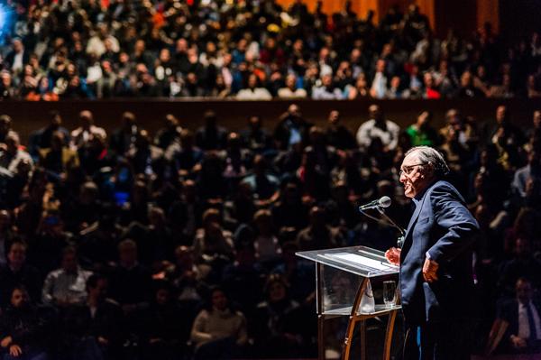 Centro de Convenções recebeu lotação máxima para a palestra
