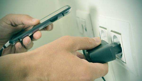Não há dúvidas que os celulares proporcionam benefícios reais, como a melhoria da qualidade de vida e a produtividade.