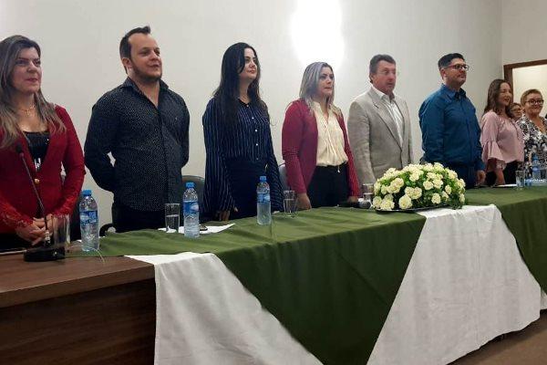 Mara participa de formatura em Anastácio