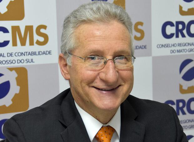 Presidente do Conselho Federal de Contabilidade (CFC), Zulmir Ivânio Breda