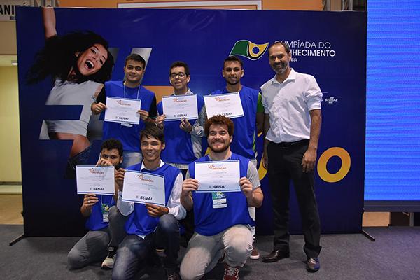 O gerente de gestão em tecnologia e inovação do Senai, Leandro Schneider, elogiou o trabalho desenvolvido pelos jovens.