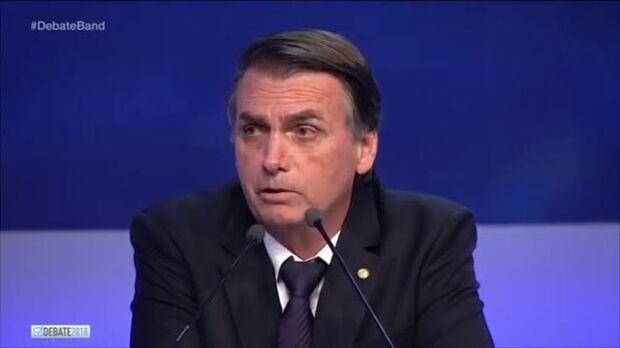 A expectativa ainda na manhã desta quarta era de que Bolsonaro confirmaria sua participação nesta sexta-feira, 12