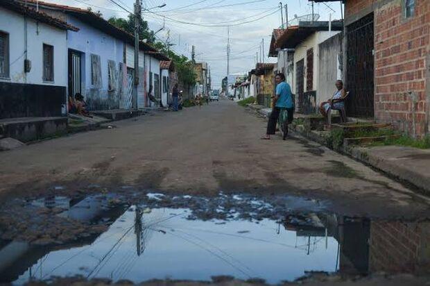 O Brasil investiu em 2016 R$ 11 bilhões, mas desperdiçou R$ 10 bilhões com perdas de água potável no sistema de distribuição