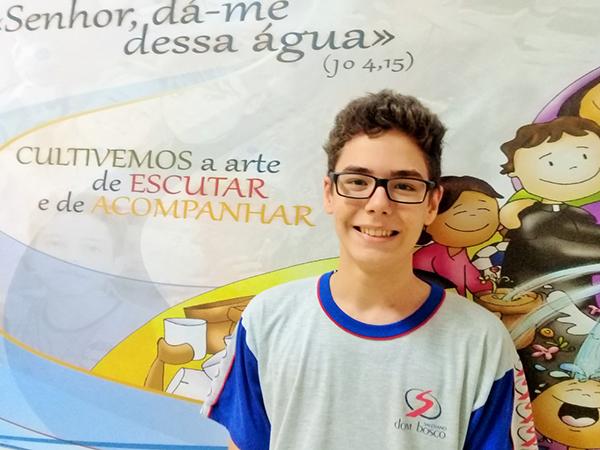 Com apenas 13 anos, Lucas sempre foi apaixonado pelas disciplinas da área de exatas, mas só começou a participar de competições e olimpíadas quando entrou no Colégio Dom Bosco, há três anos