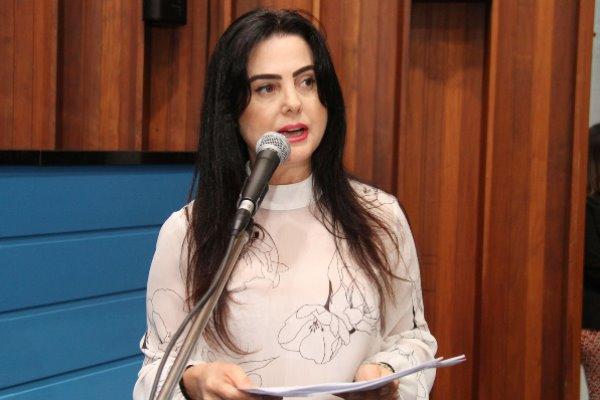 Mara Caseiro faz pedidos por Coronel Sapucaia