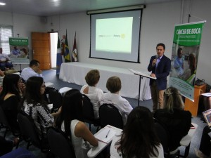 Mayor Marquinhos Trad participated in the opening of the Week of Prevention to the Cancer of Mouth. (Photo; SESAU).