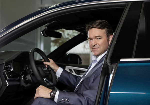 Começando com o Audi e-tron, o primeiro SUV totalmente elétrico da marca, a empresa lançará 20 modelos elétricos até 2025, sendo que metade deles será 100% elétrico.