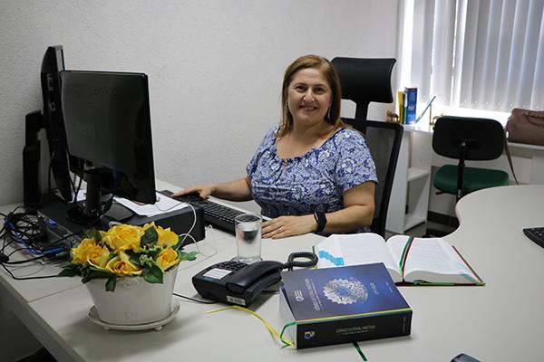 Elizabete Anache concedeu entrevista ao Jornal A Crítica, quando falou o novo cargo e as questões da magistratura.
