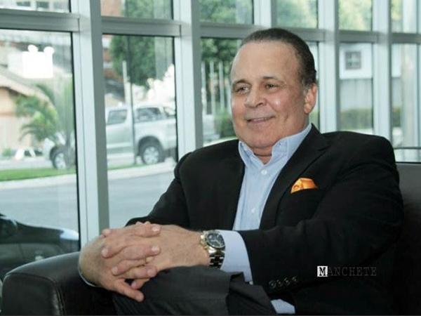 Dr. Lair Ribeiro  é palestrante internacional, ex-diretor da Merck Sharp & Dohme e da Ciba-Geigy Corporation, nos Estados Unido