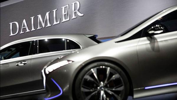 A Daimler evitou pagar uma multa de mais de 60 milhões de euros com o seu acordo de leniência, segundo o regulador