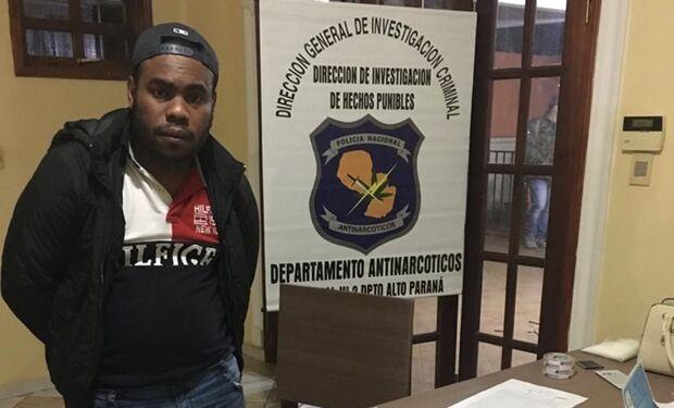 Procurado no Brasil pelo assassinato de um policial e roubos a bancos, 'Geleia' foi preso em Ciudad del Este, em agosto do ano passado, e levado para a prisão da capital