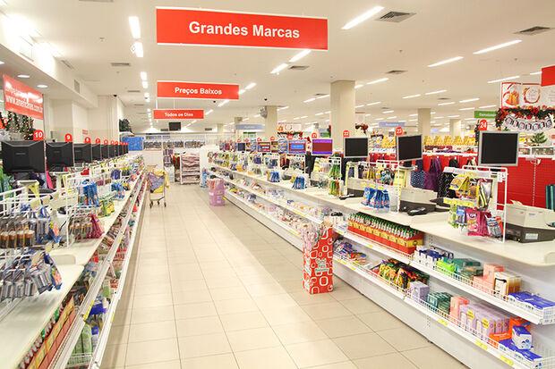 O IBGE divulga dados de novembro sobre o varejo e sobre serviços e o Banco Central revela o IBC-Br, considerado uma prévia do Produto Interno Bruto (PIB), também relativo ao décimo primeiro mês de 2018