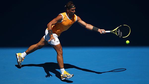 Número 2 do mundo, Nadal busca em Melbourne o seu 18.º título de Grand Slam na carreira. No ano passado teve de desistir nas quartas de final, mas agora quer ir passo a passo no torneio