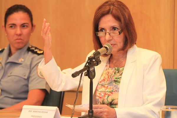 Em depoimento na Delegacia de Homicídios na Barra da Tijuca, na zona oeste, Martha relatou que recebeu ameaças de morte vinda de um grupo miliciano no início de novembro