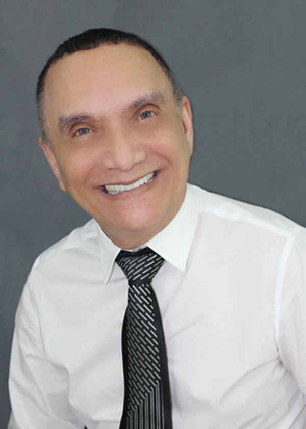 Oclécio Assunção, Graduado em Direito pela FUCMAT em Dez/1985 (atual UCDB). Especialista em Direito do Trabalho pela universidade de Direito da UNAES. Pós-graduado em Direito do Trabalho pelo Centro Universitário das Faculdades Metropolitanas Unidas – FMU