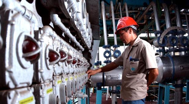 Já a CNI, mais otimista, indicou alta de 4,1% no faturamento das indústrias.