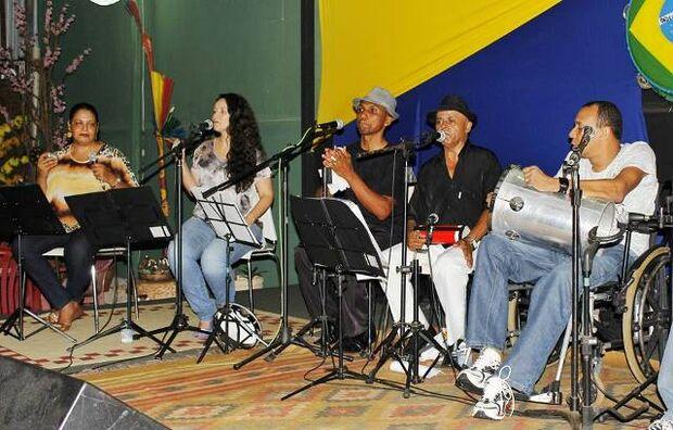 Na quarta-feira, 13, quem sobe ao palco é o sambista Luiz Café