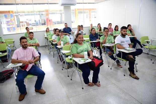 Sessenta novos alunos iniciaram as atividades do Curso Técnico