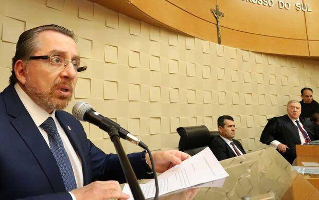 Karmouche destacou o papel da OAB na defesa da Constituição