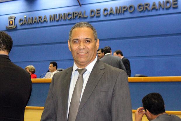 Vereador Chiquinho Telles quer colocar o projeto em discussão