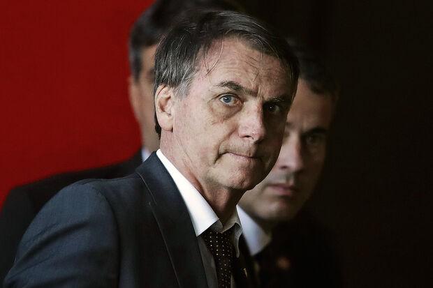 De acordo com a equipe do presidente, ele deverá ficar alguns dias no Palácio da Alvorada para só depois voltar a despachar do Planalto