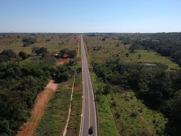 Para este ano, a meta é concluir a restauração de 39,7 Km da MS-289, de Amambai a Coronel Sapucaia.
