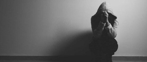 Segundo a Organização Mundial da Saúde (OMS), a depressão atinge cerca de 300 milhões de pessoas, em todas as idades, e até 2020 será a doença mais incapacitante