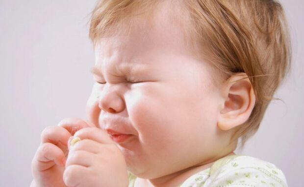 Segundo o pediatra especialista em nutrição infantil, Dr. Fábio Ancona, a causa da APLV não é totalmente definida, uma vez que diversos fatores podem contribuir para o seu surgimento