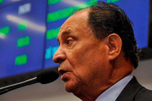 Agronegócio é muito importante para o desenvolvimento da economia, afirma Zé Teixeira