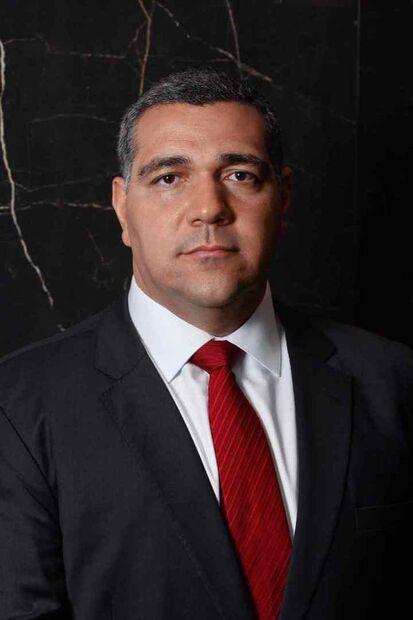 Fernando Machado Bianchi, advogado especializado em Direito da Saúde