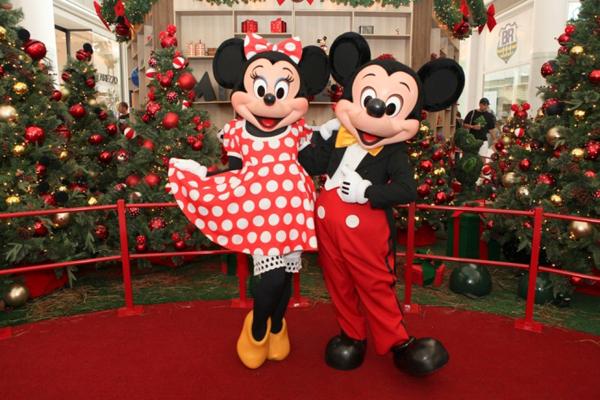 d14525bbc9 Reproduções em 3D de Minnie, Mickey e seus amigos permitirão muitas fotos  para guardar como
