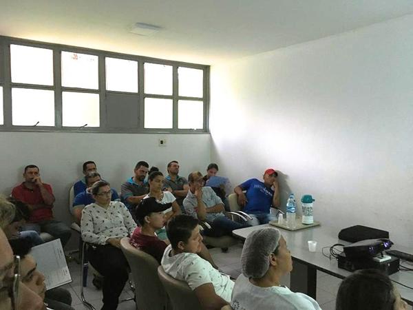 Durante a palestra, realizada na terça-feira (23), foram abordados temas de055ff79a
