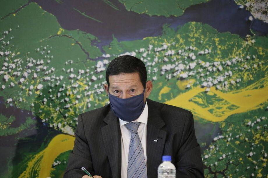 O vice-presidente Hamilton Mourão comanda o Conselho da Amazônia
