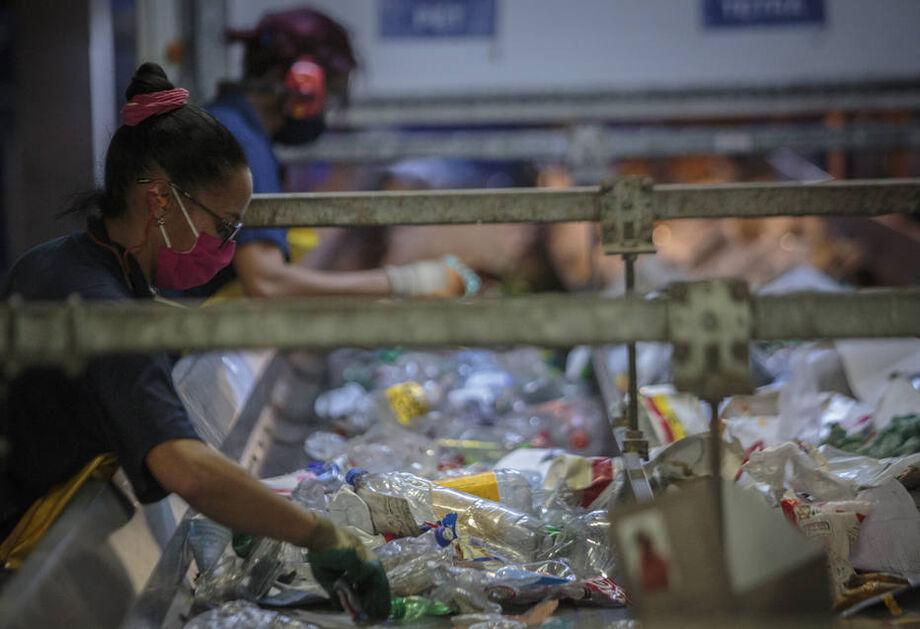 A diretora de Economia Circular da Braskem, Fabiana Quiroga, afirmou que o esforço da companhia considera cinco etapas