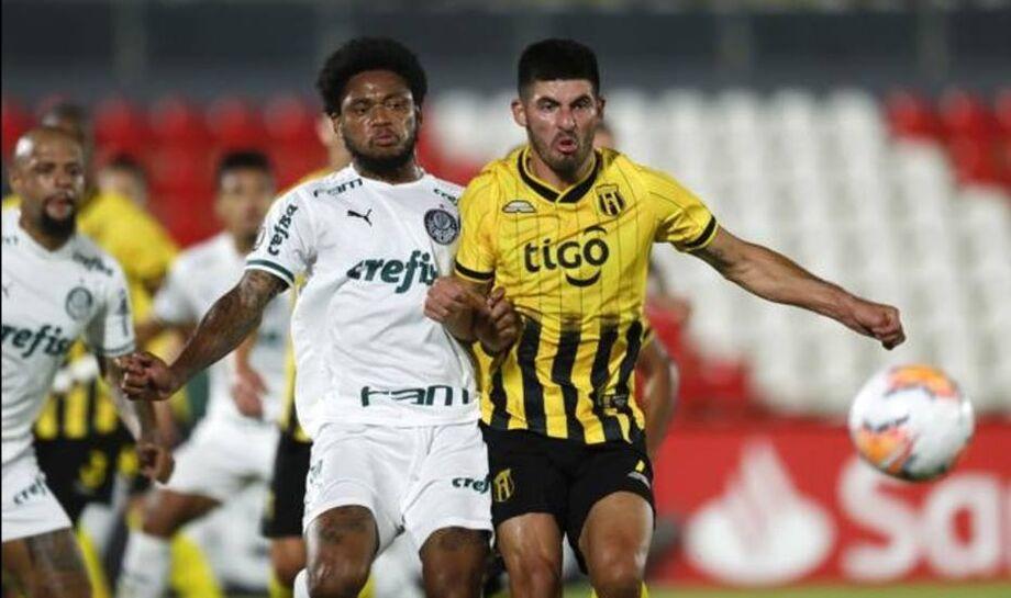 Guaraní e Palmeiras criaram algumas chances, mas o empate acabou ficando de bom tamanho para os dois