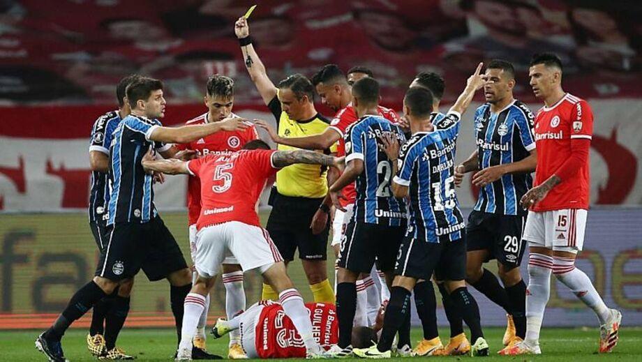 O Grêmio ampliou seu retrospecto positivo diante do Inter