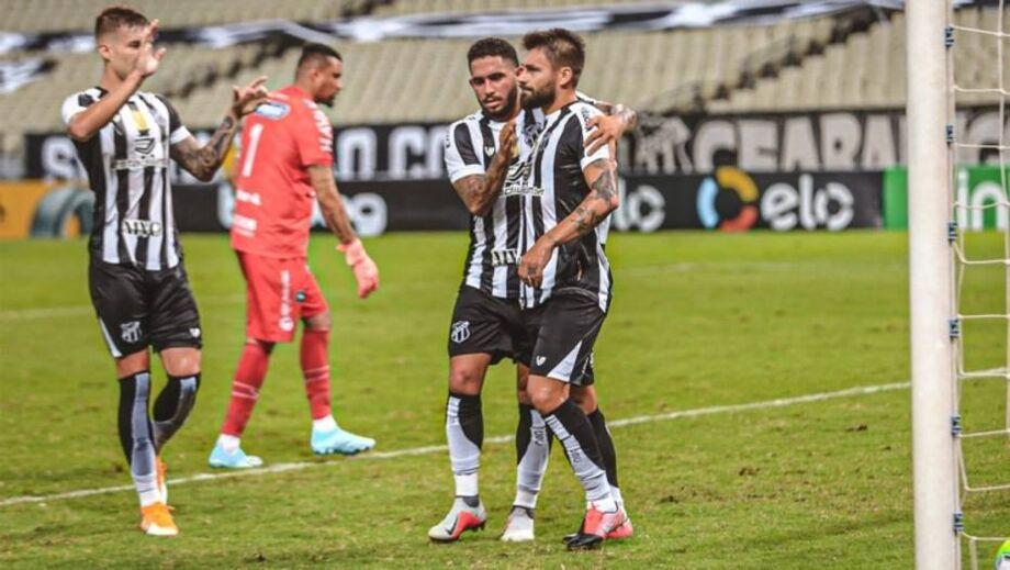 Com a classificação praticamente garantida, o Ceará ainda transformou a vitória em goleada