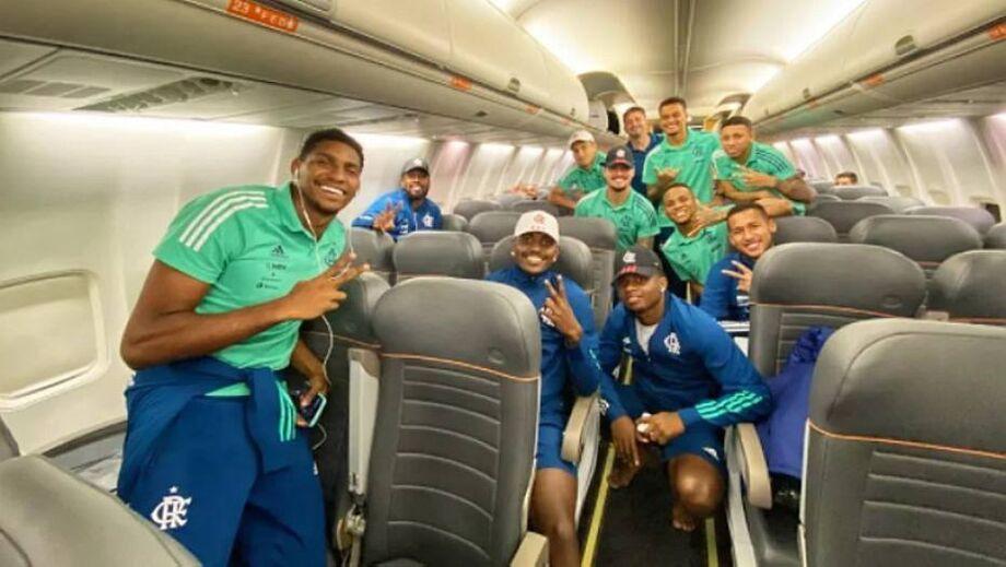 O surto de coronavírus no Flamengo ocorreu durante a viagem para o Equador