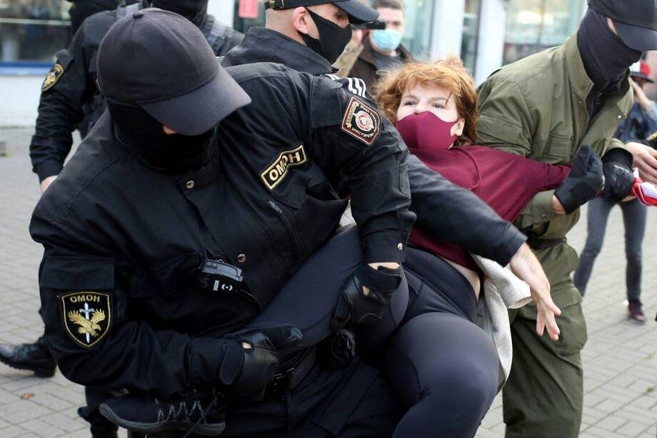 Protesto de mulheres na Bielorrussia