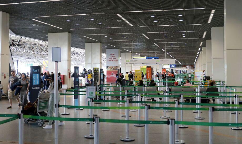 O governo federal decidiu liberar a entrada de estrangeiros no Brasil por qualquer aeroporto do País