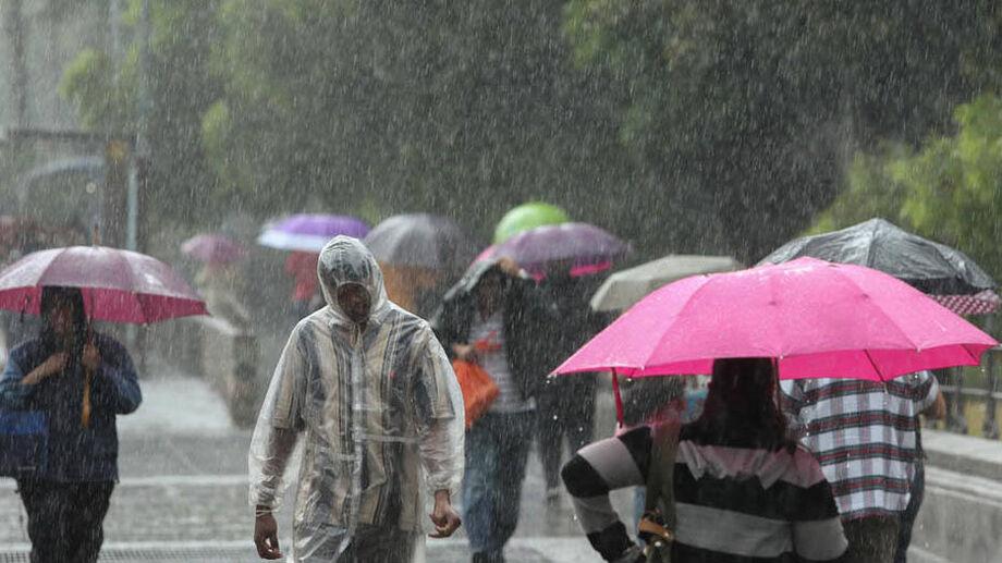 Grande São Paulo pode ter chuvas fortes neste sábado, 24