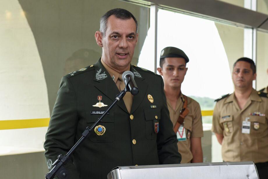 O general de divisão Otávio Santana do Rêgo Barros, porta-voz do Palácio do Planalto
