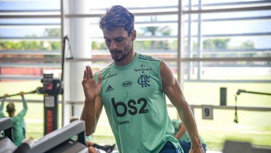 O zagueiro Rodrigo Caio, do Flamengo
