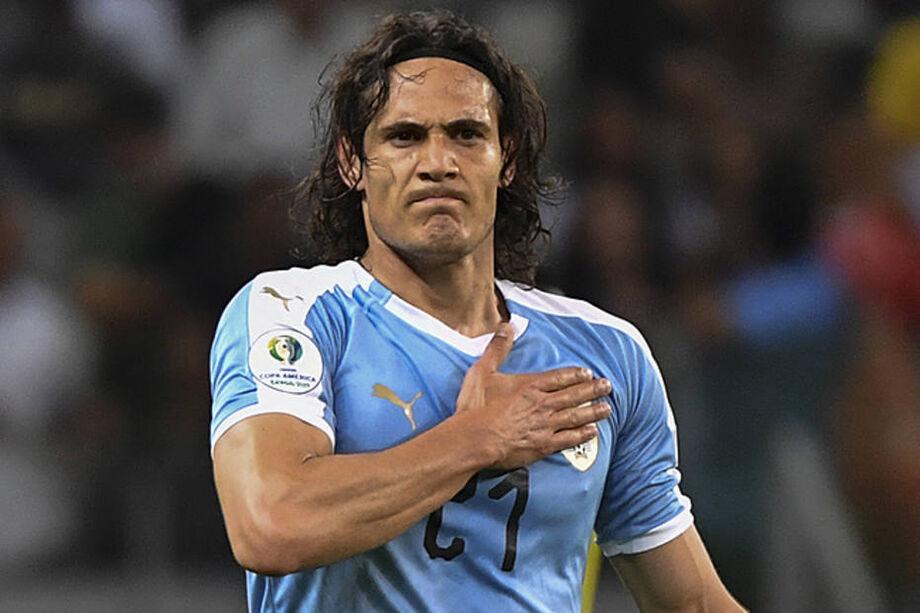 Cavani é convocado para enfrentar o Brasil