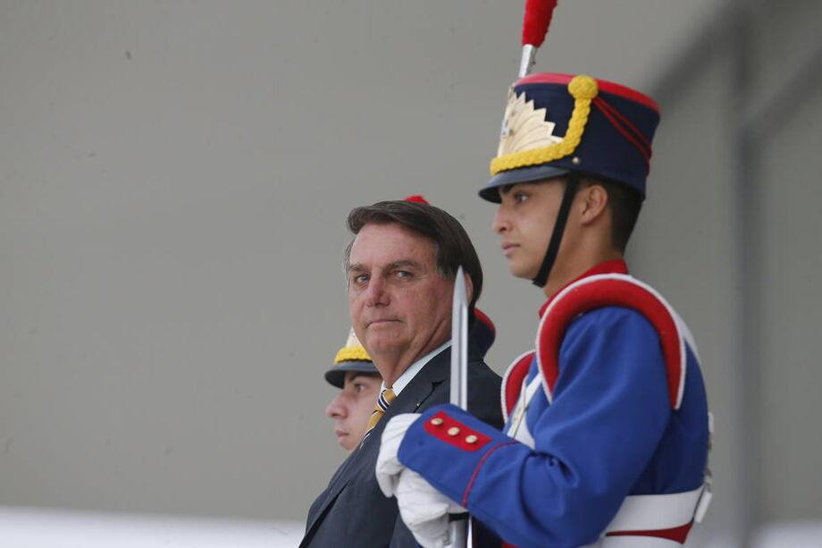 O presidente Jair Bolsonaro ainda busca fontes para financiar o Renda Cidadã